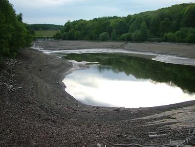 Linacre reservoir walk