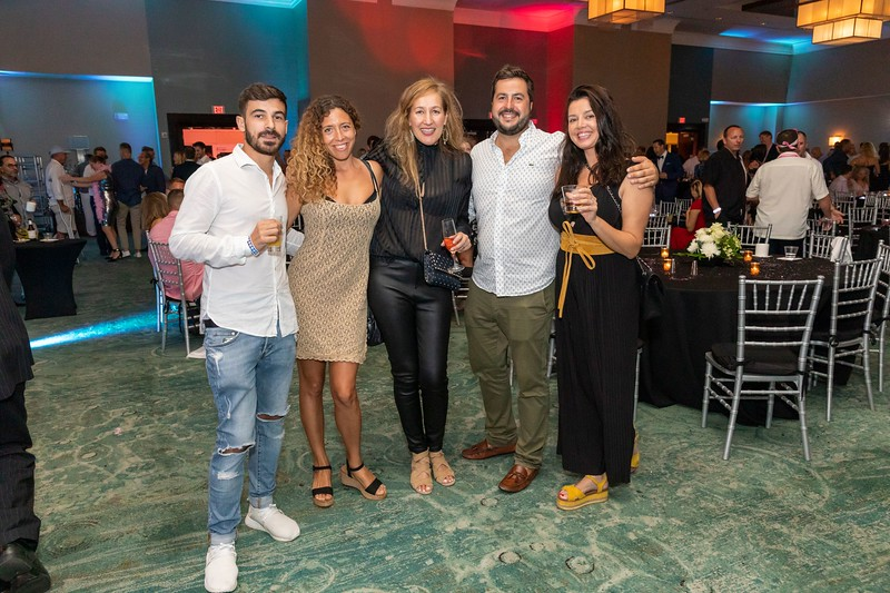 2019_11_Yachtail_Party_00646.jpg