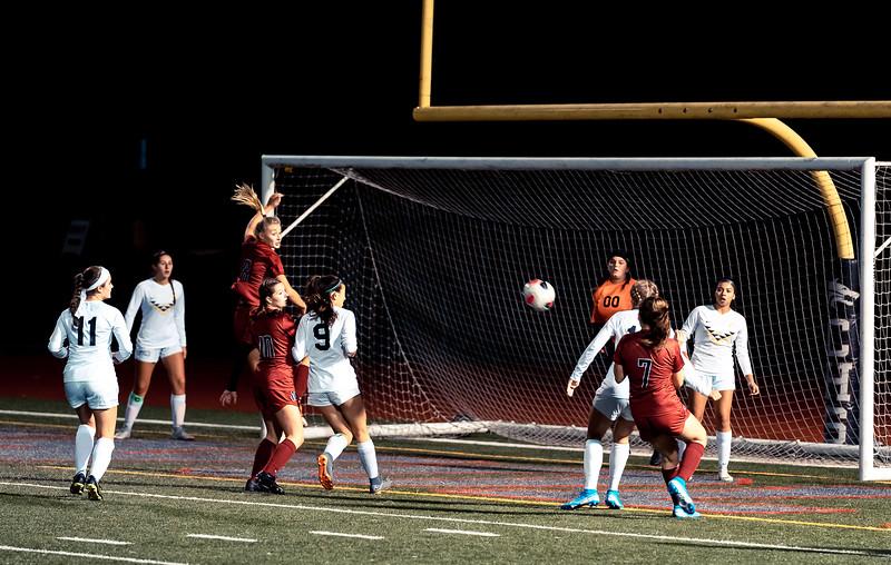 2019-10-24 Varsity Girls vs Lynnwood 155.jpg