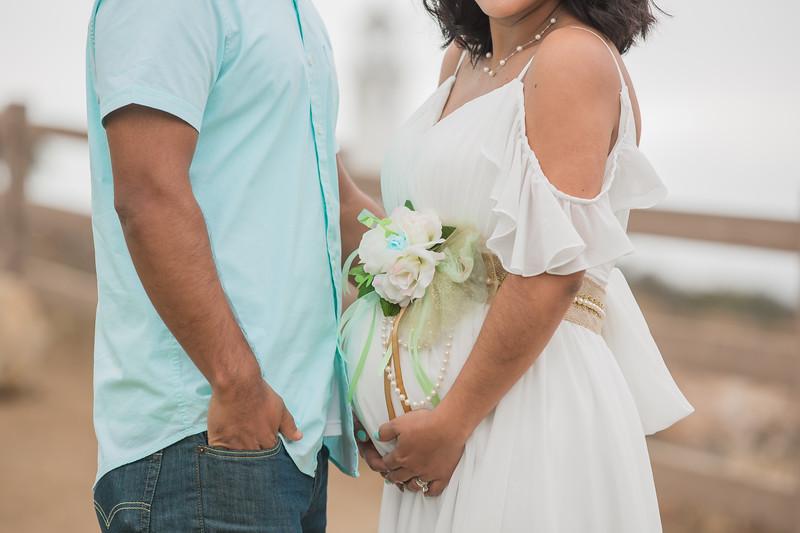 Maternity Shoot-1122.jpg