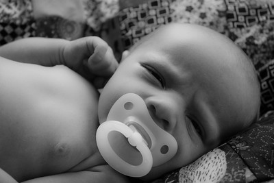 Delano Newborn Shoot 8 28 12 PRINT EDITS (26 of 147)