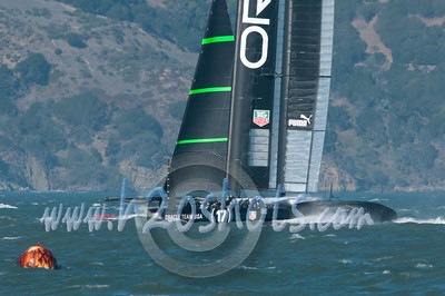 Oracle Racing US 17's Capsize