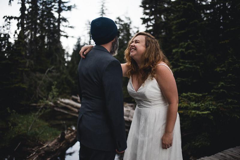Travel Adventure Wedding Photographer - Mt Rainier - Rose-21.jpg
