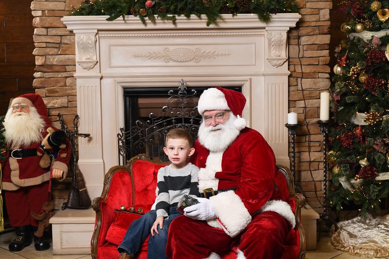 Santa2018.TylerBoye.-121.jpg