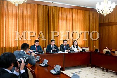 Монгол Улсын Үндсэн хуульд оруулах нэмэлт, өөрчлөлтийн төслийн талаар мэдээлэл хийлээ