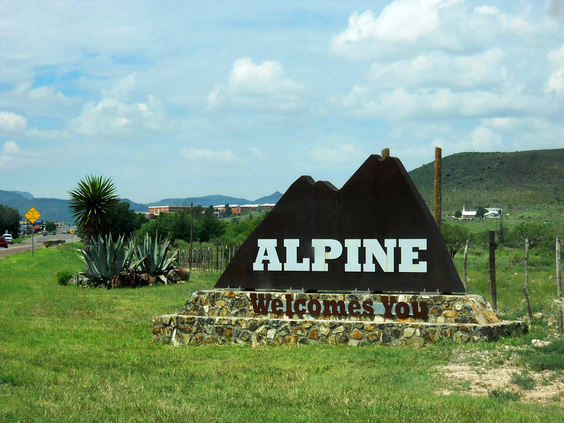 ALPINE WELCOMES YOU