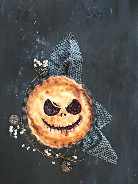 Jack Skellington Cherry Pie