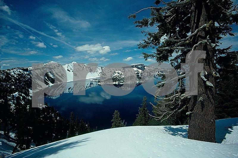Crater Lake 050993b.jpg