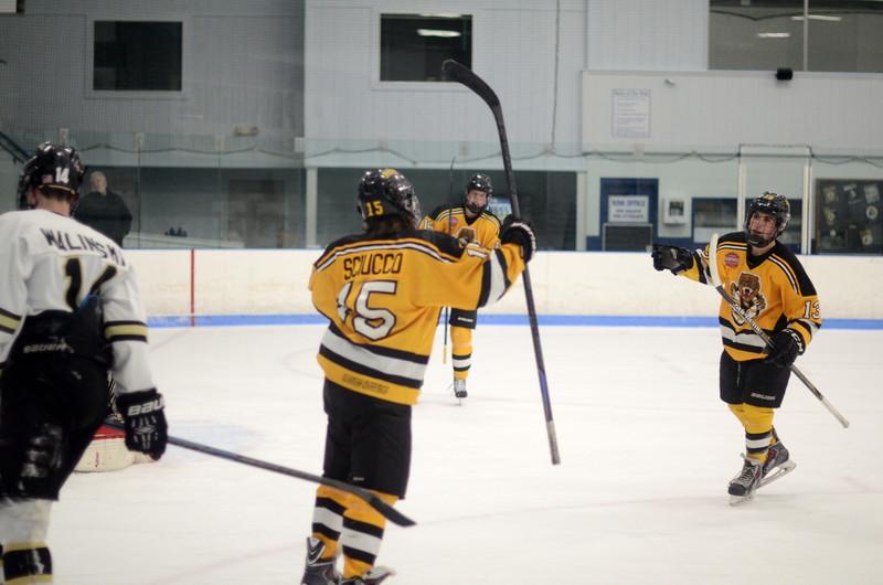 150103 Jr. Bruins vs. Providence Capitals-054.JPG