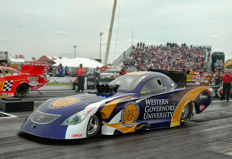 Funny Car wrap for Head Racing in St. Louis, MOhttp://www.skinzwraps.com
