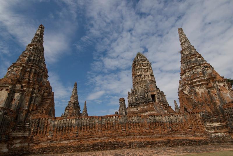 Wat Chaiwatthanaram 10 - Ayutthaya, Thailand.jpg