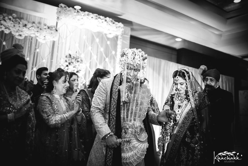 best-candid-wedding-photography-delhi-india-khachakk-studios_80.jpg