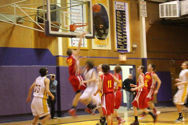 LHS BASKETBALL VS YREKA
