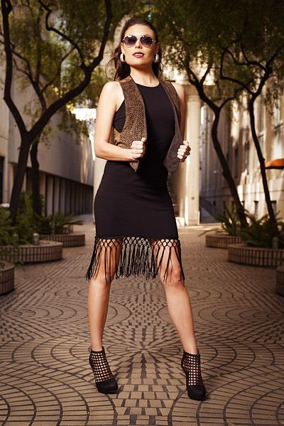 RGP031614-Photoshoot-Brooke Cintrino-Casual Fashion Pose-Final JPG-RS2048.jpg