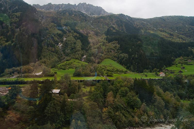 train-Switzerland-6475.jpg