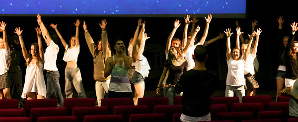 Glee 3D premier Flashmob Aug 2011