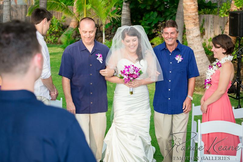 099__Hawaii_Destination_Wedding_Photographer_Ranae_Keane_www.EmotionGalleries.com__140705.jpg