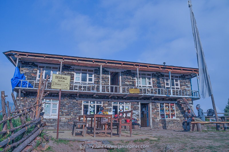 Deurali tea house, 2625m