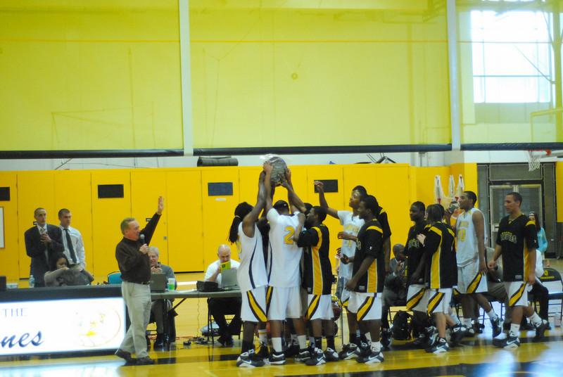 20090301_MCC Basketball_5734.JPG