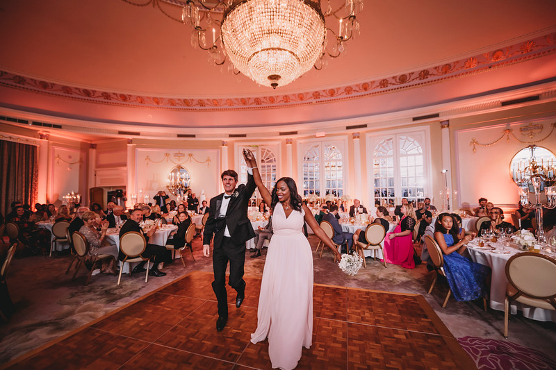 Montreal Wedding Photographer | Wedding Photography + Videography | Ritz Carlton Montreal | Lindsay Muciy Photography Video |2018_755.jpg
