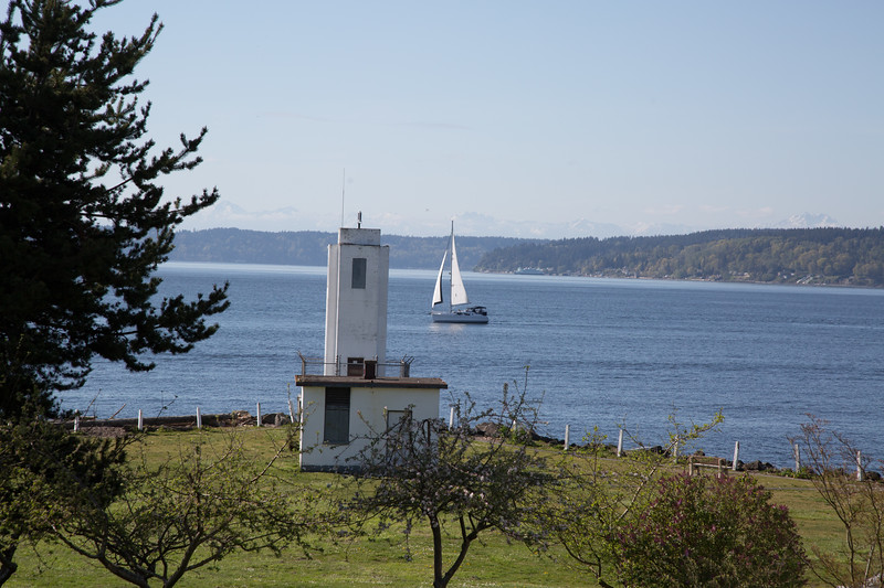 Browns Point Lighthouse 2.jpg