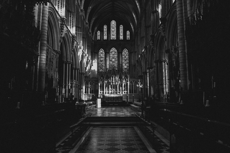 dan_and_sarah_francis_wedding_ely_cathedral_bensavellphotography (10 of 219).jpg