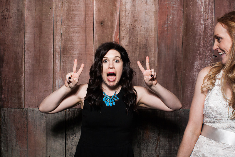 KatieTylerWeddingPhotobooth-0291.jpg