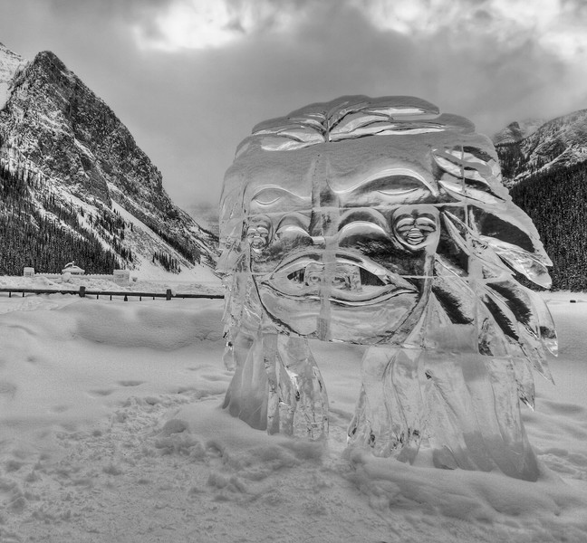 canada, Lake Louise, ice sculpture