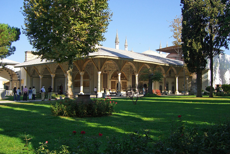 5-Topkapi Palace, Divan. The viziers of the imperial council met here.
