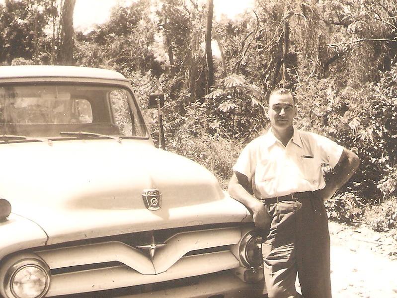 Alberto Bastos e o seu Ford