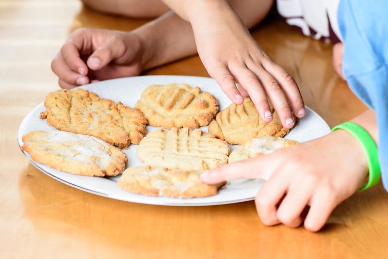 Kids & cookies-2.jpg
