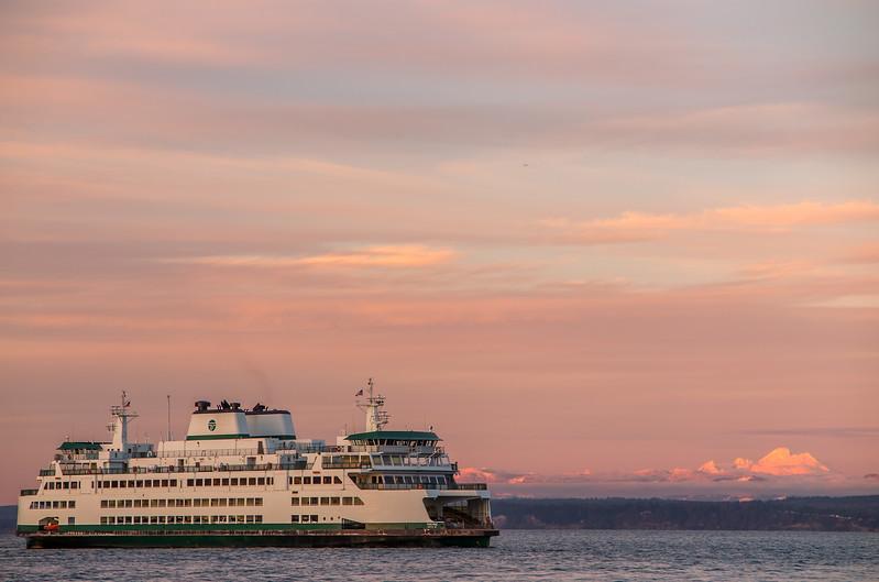 FerryMountBaker1.jpg