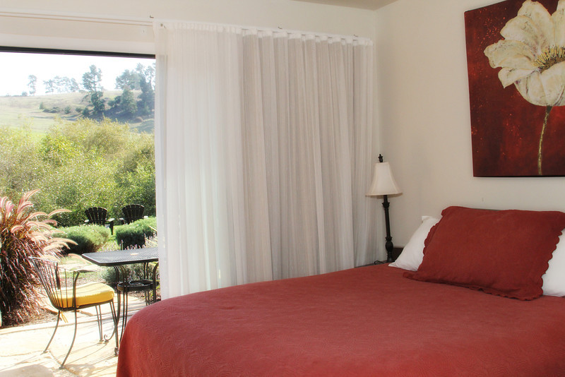 Queen Room with View - Upgrade for deal.jpg