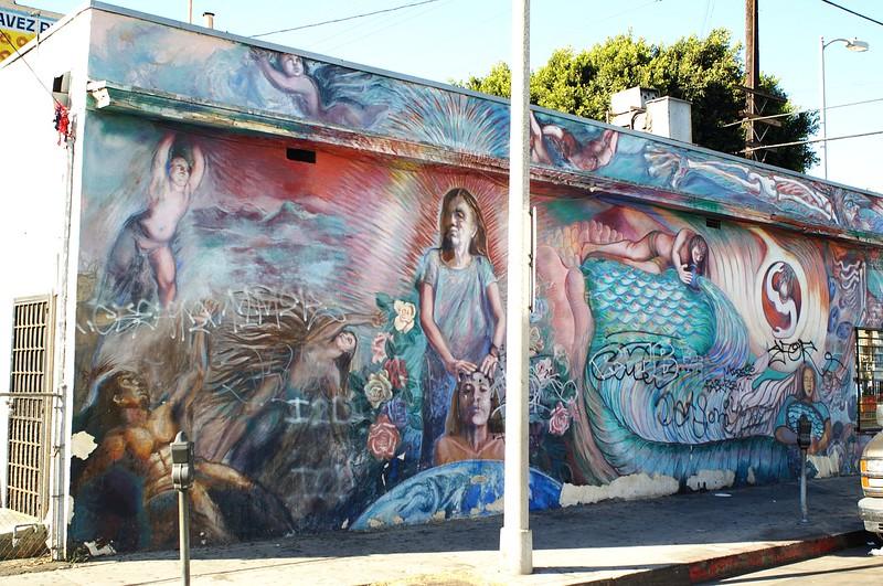 BreedStreetShul014-MuralNextDoor-2006-10-18.jpg