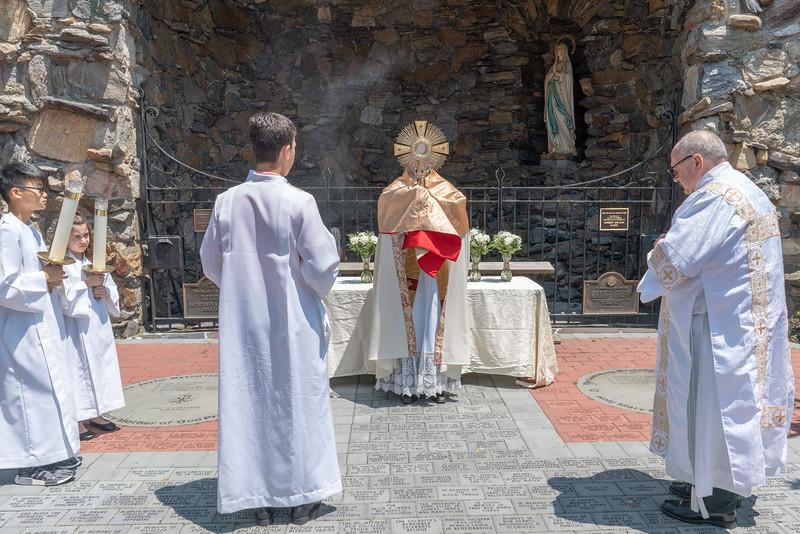 20190623_Corpus_Christi_Procession_NDNHP_048.jpg