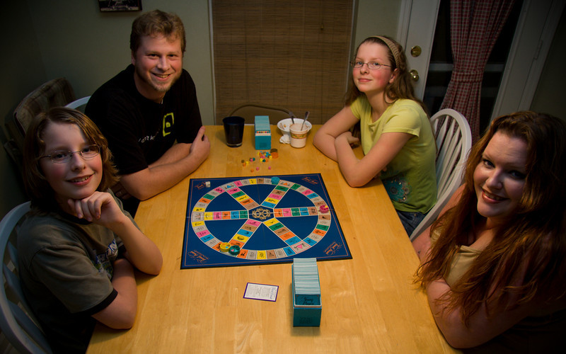 November 30th, 2008 - Last Family Game Night in 3 months  -will probably be 4 by the time we settle back into our old house.