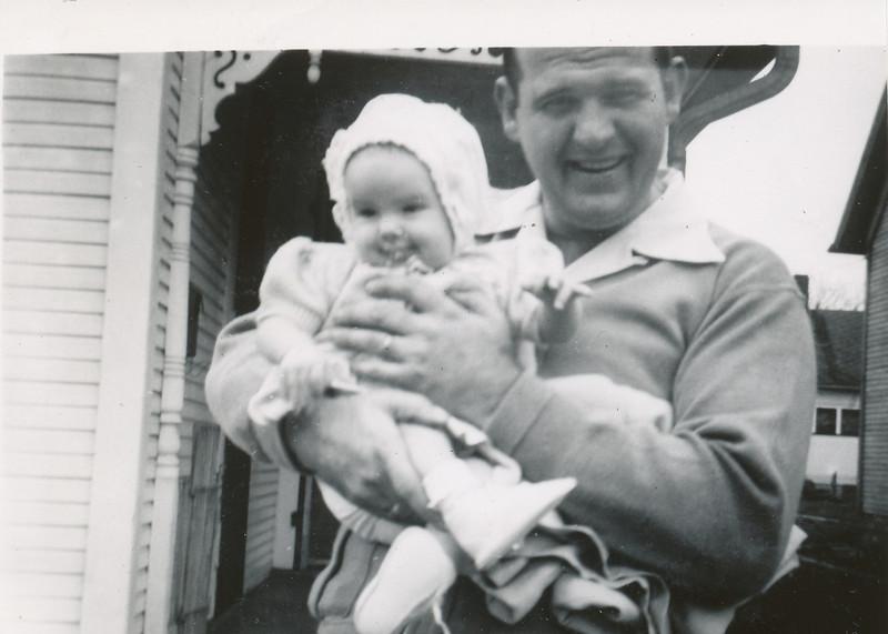 Jane & Ellis Sullivan April 1951.jpg