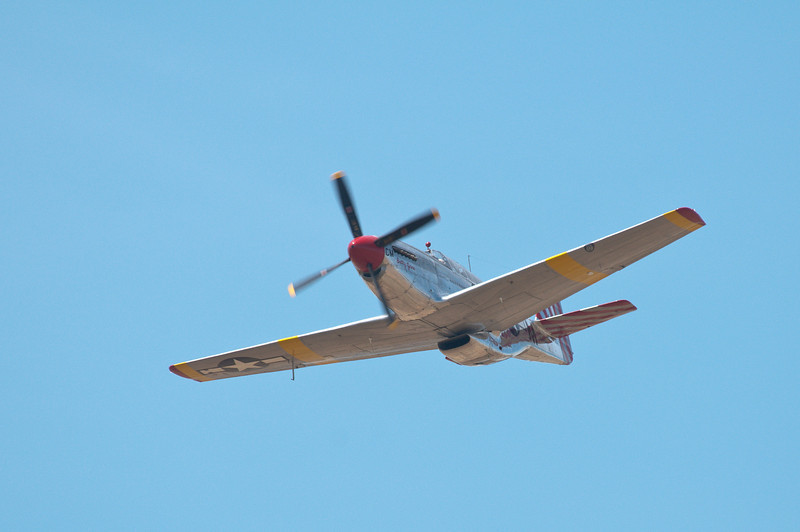 """Betty Jane"" makes a high-speed pass at the Lincoln Airport with Gary at the controls!"