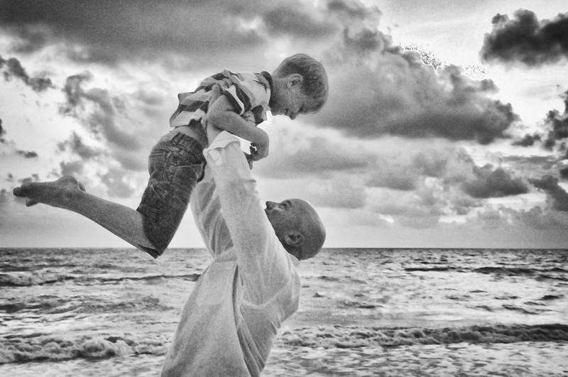 SWFL family beach photography Clarrisa LSP 444.JPG