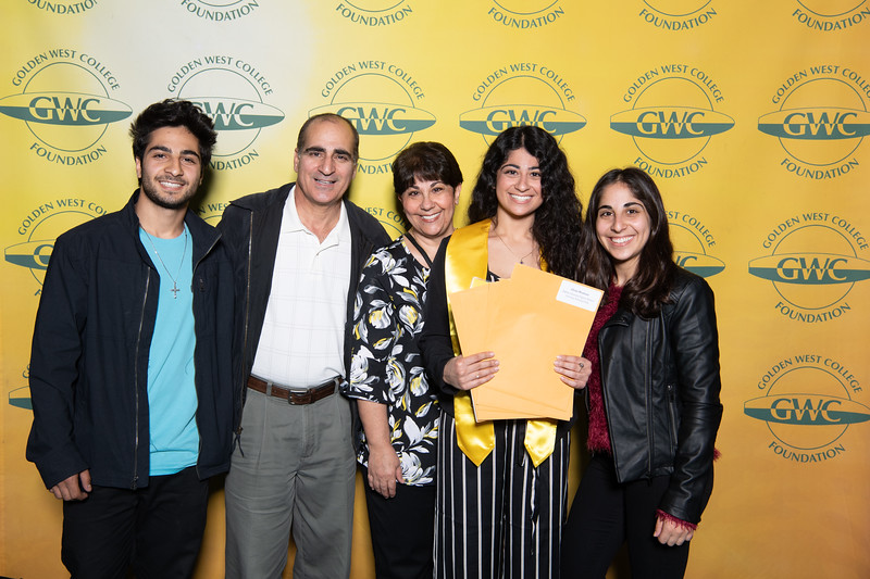 Scholarships-Awards-2019-0671.jpg