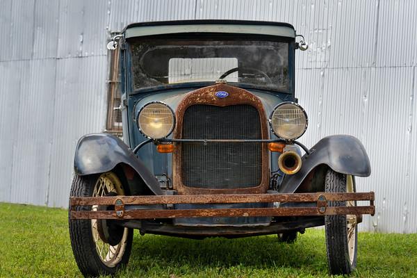 Classic cars, jeeps & trucks -