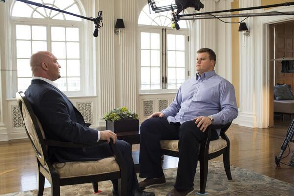 """. <p>3. RICHIE INCOGNITO & JAY GLAZER <p> Only way �reporter� could have been more in bed with his subject would be if they conducted interview in an actual bed. (1) <p><b><a href=\'http://www.theatlanticwire.com/entertainment/2013/11/no-ones-buying-richie-incognitos-redemption-interview/71437/\' target=\""""_blank\""""> HUH?</a></b> <p>   (Photo from Twitter)"""