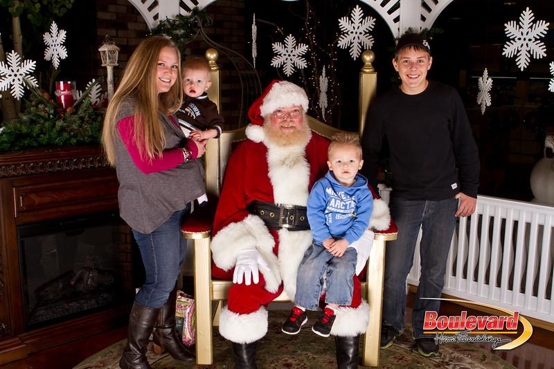 Santa Dec 15-271.jpg