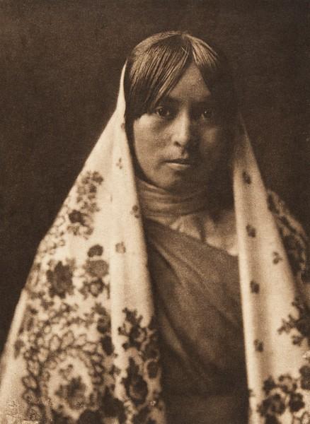 "Walvia - ""Medicine Root"" - Taos (The North American Indian, v. XVI. Norwood, MA, The Plimpton Press,  1926)"