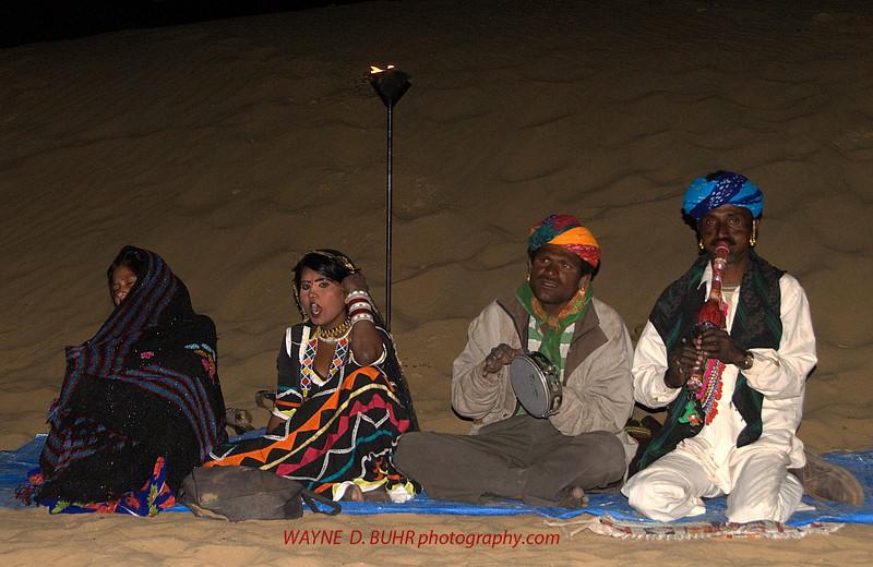 INDIA2010-0208A-330A.jpg