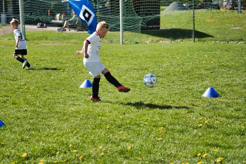 hsv-fussballschule---wochendendcamp-hannm-am-22-und-23042019-w-54_47677905932_o.jpg