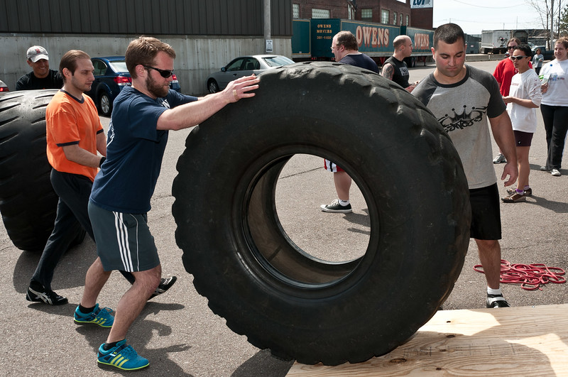 Strongman Saturday 4-14-2012_ERF4249.jpg