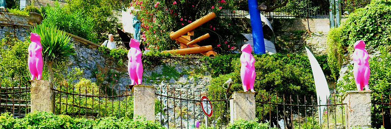 Pink... Lemurs?