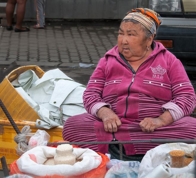 Almaty | Bazar Baracholka