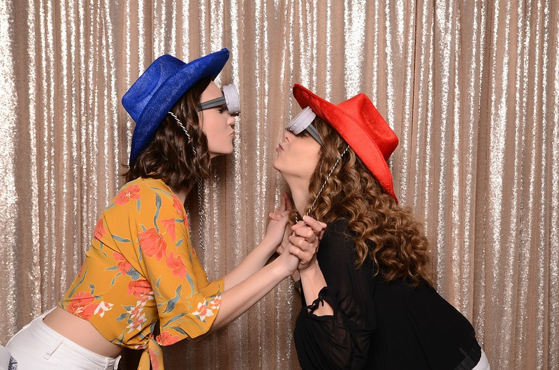 20180324_MoPoSo_Seattle_Photobooth_Number6Cider_Thoms50th-294.jpg